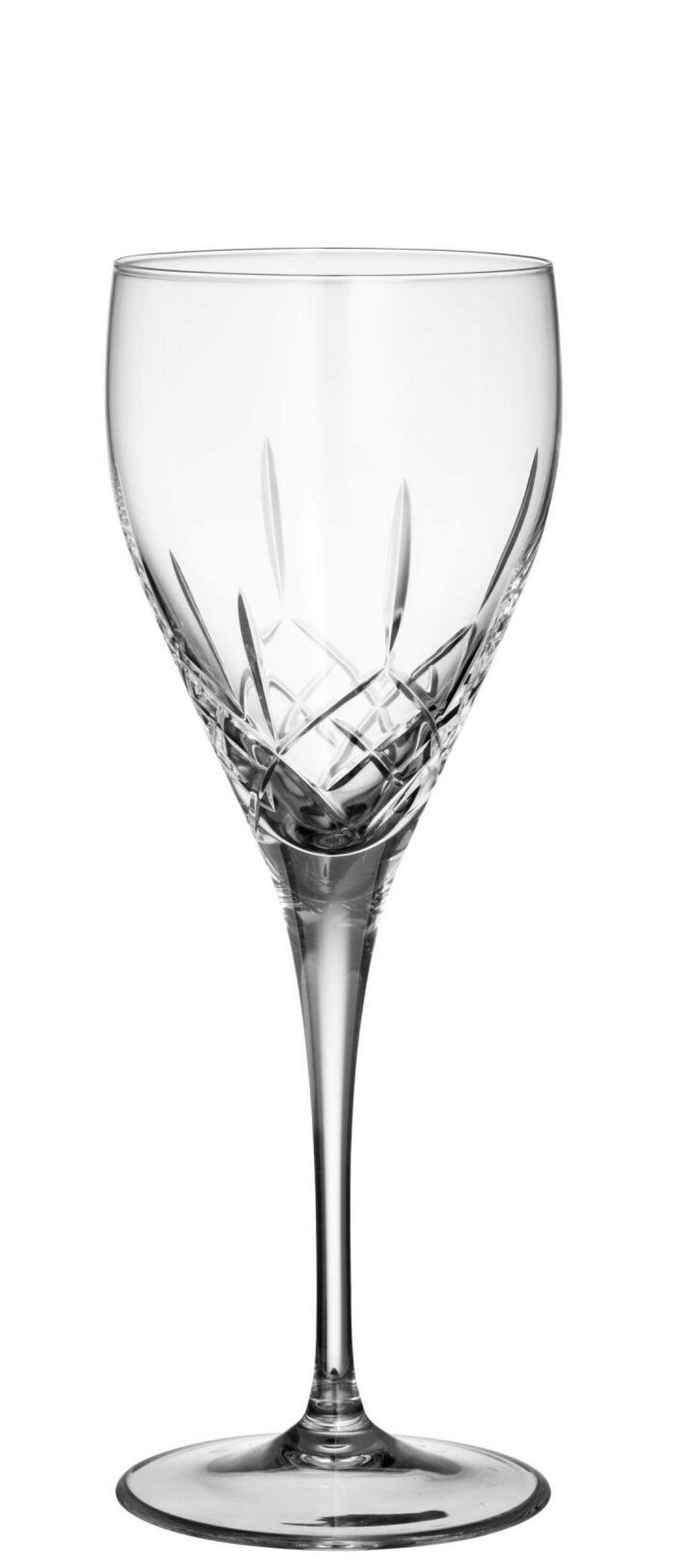 Skåla in det nya året i vackra champagneglas från Fyrklövern.
