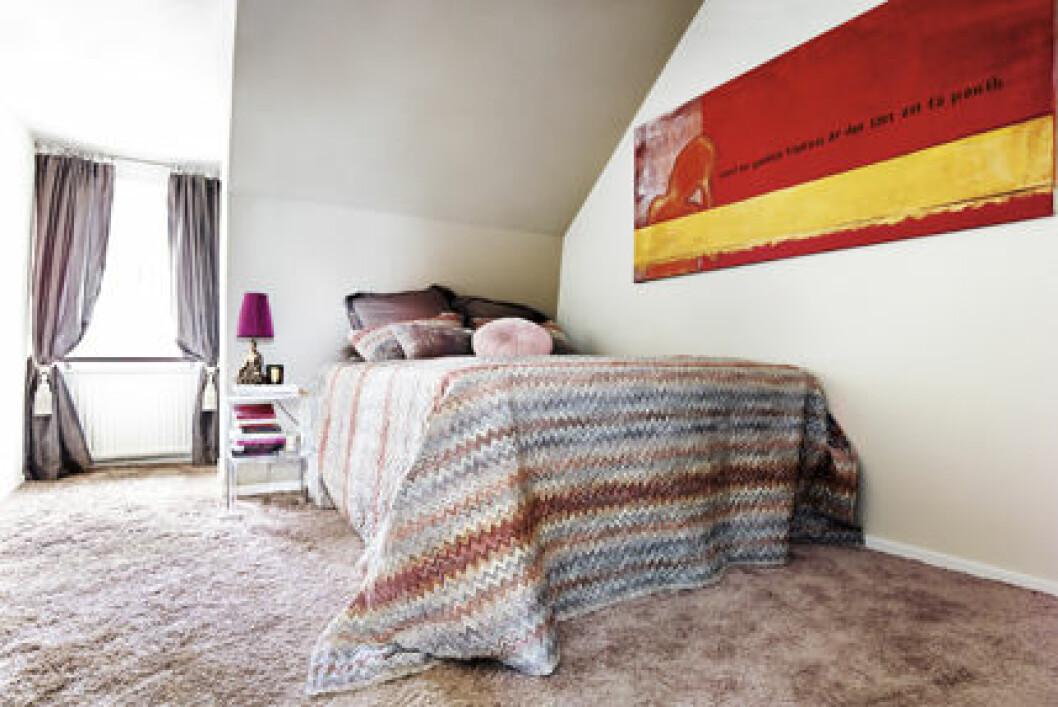 Sovrum med överkast från Missoni