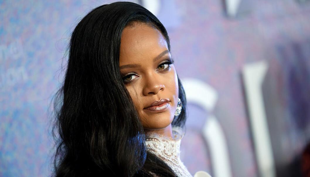Rihanna säljer lyxvillan i London.