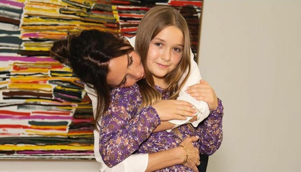Victoria Beckham och dottern Harper.