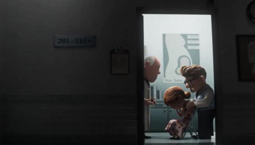 Ellie gråter hos doktorn