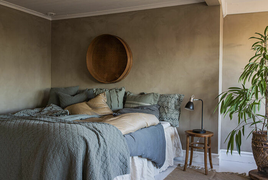 Harmoniskt sovrum hos Ellos Home våren 2019