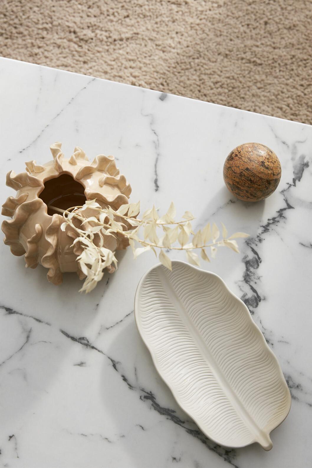 Keramikfat och vas från Ellos Home våren 2020