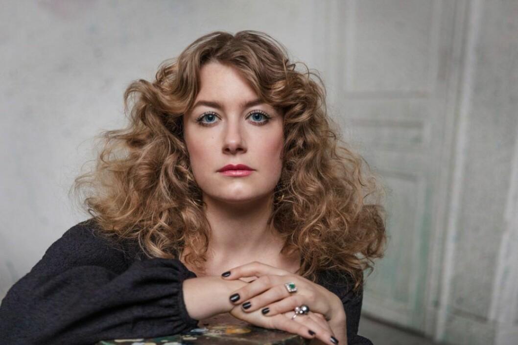 Elsa Billgren i tv-serien Äkta Billgrens