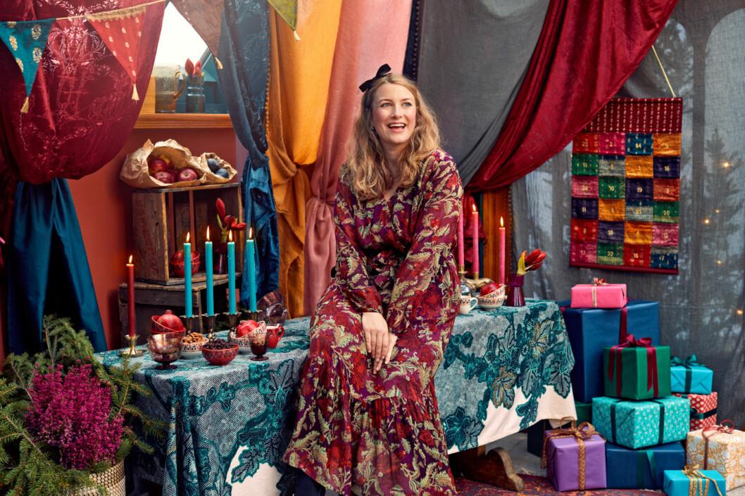 Elsa Billgren frontar Indiskas julkampanj.