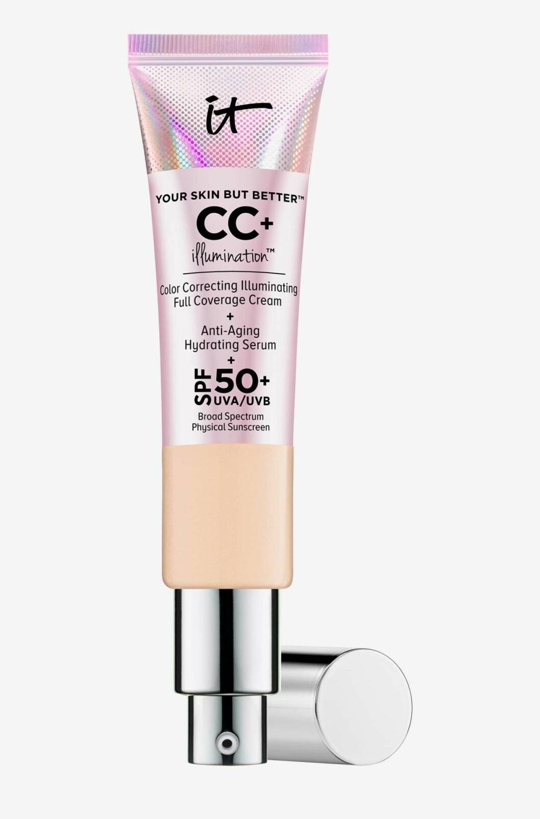 En färgkorrigerande foundation är Your skin but better™ CC+ illumination™ SPF 50+ från It Cosmetics.