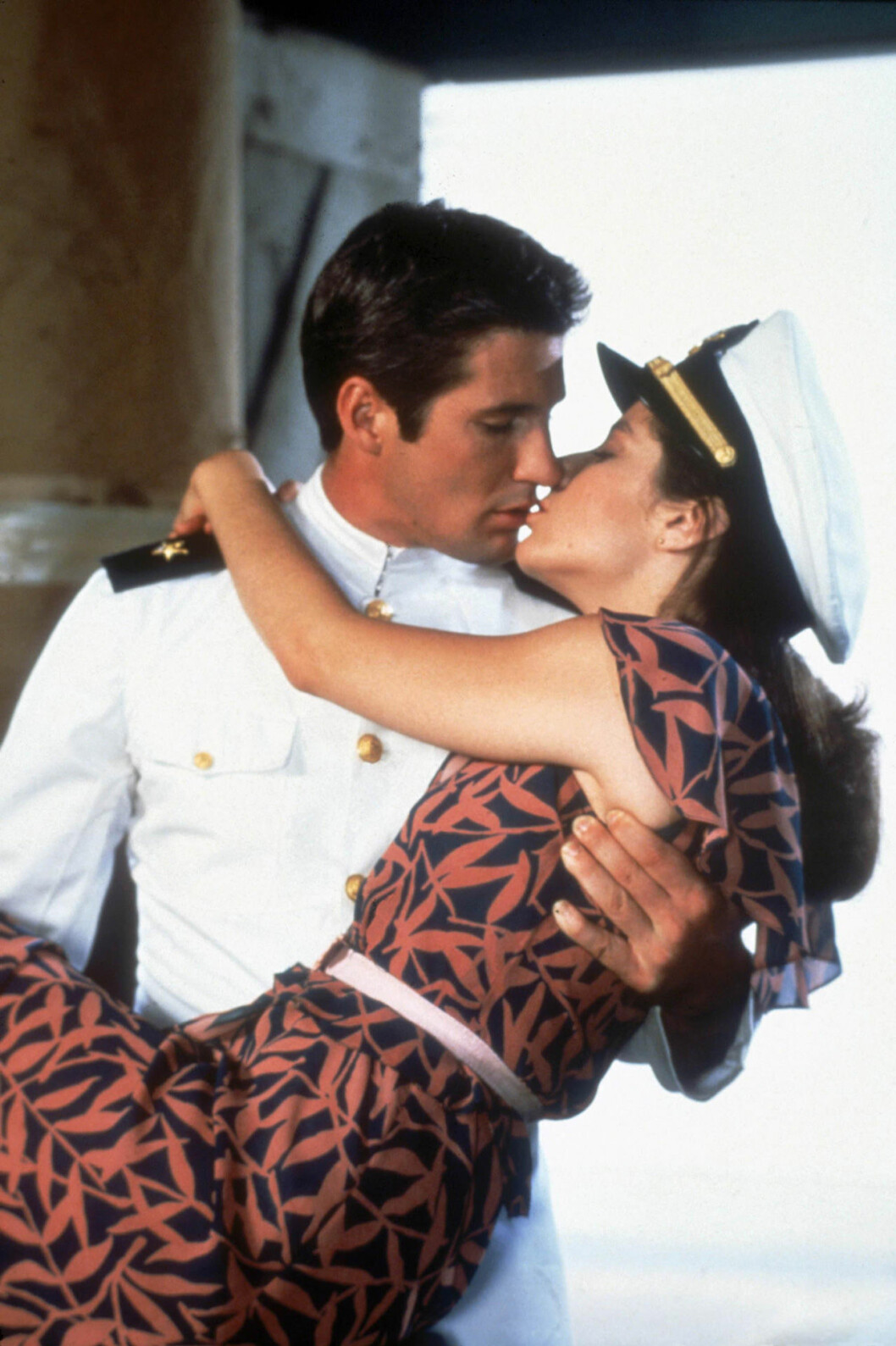 Kyss från En officer och en gentleman