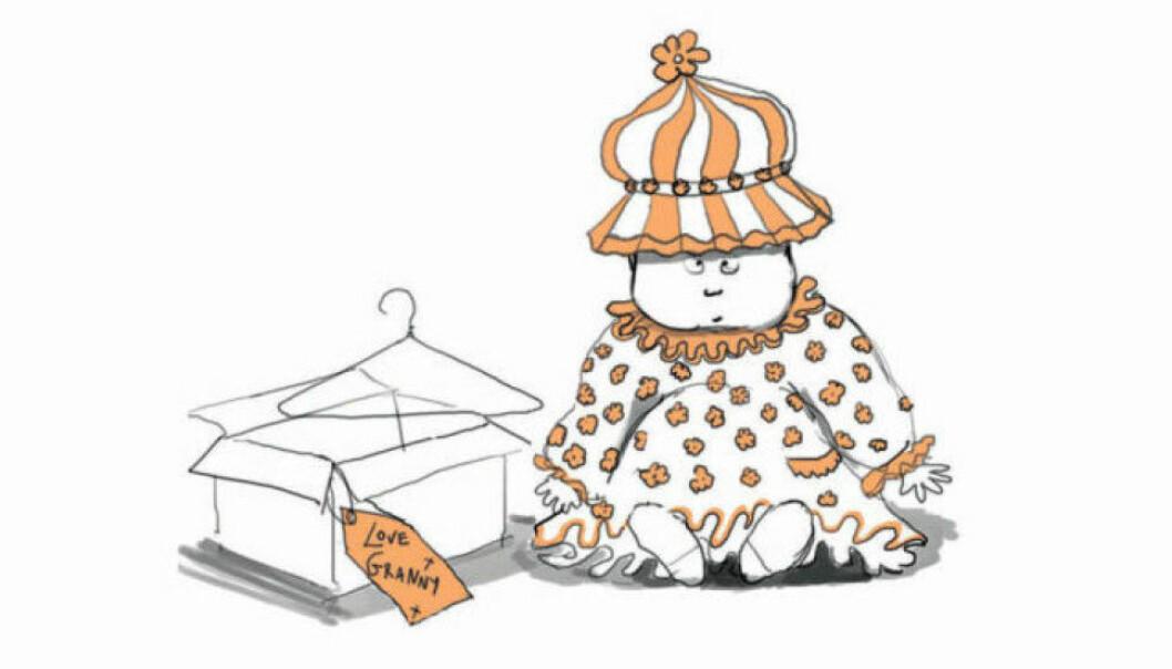 Ett barn klätt i märkliga kläder som hen fått av sin mormor/farmor