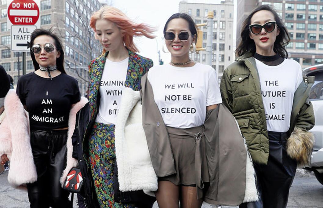 """Kvinnor med tröjor med texten """" We will not be silenced"""" och """" The future is female"""""""