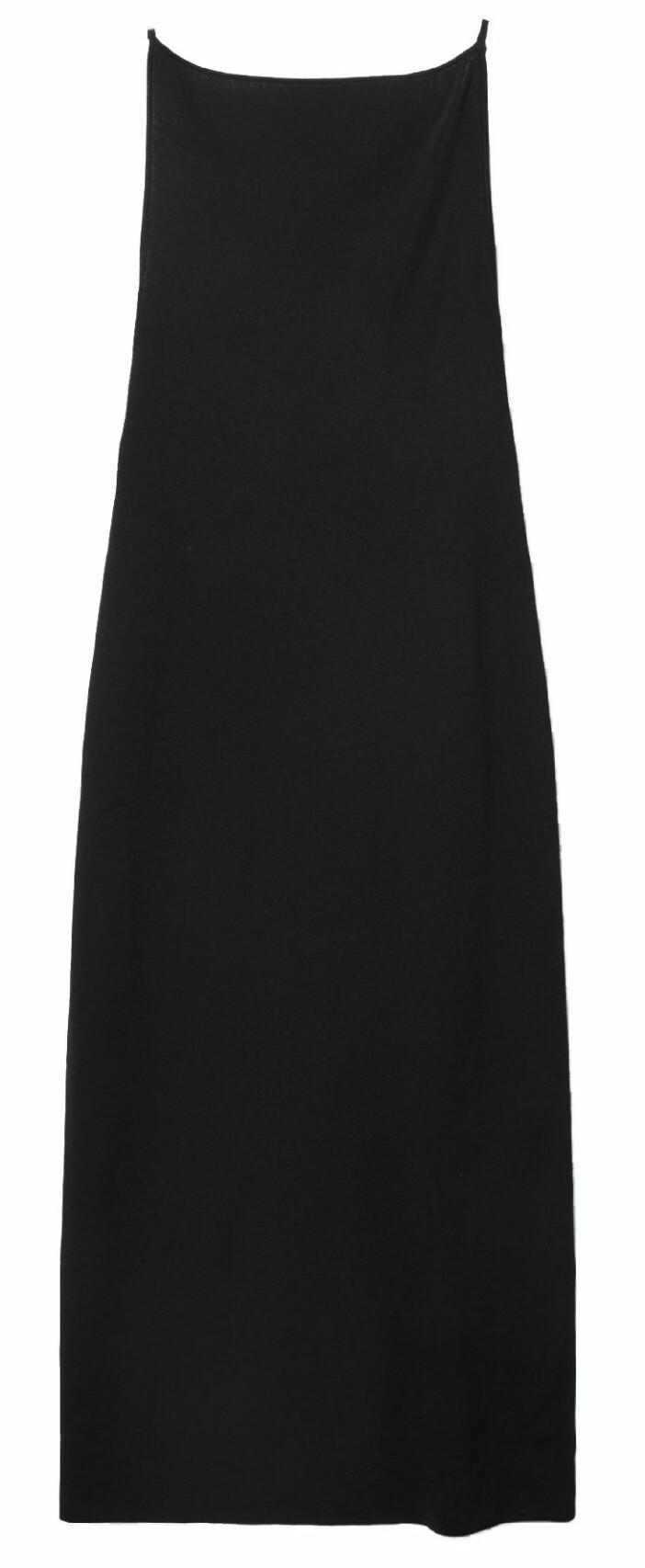 Figurnära klänning från Cos med urringad rygg.