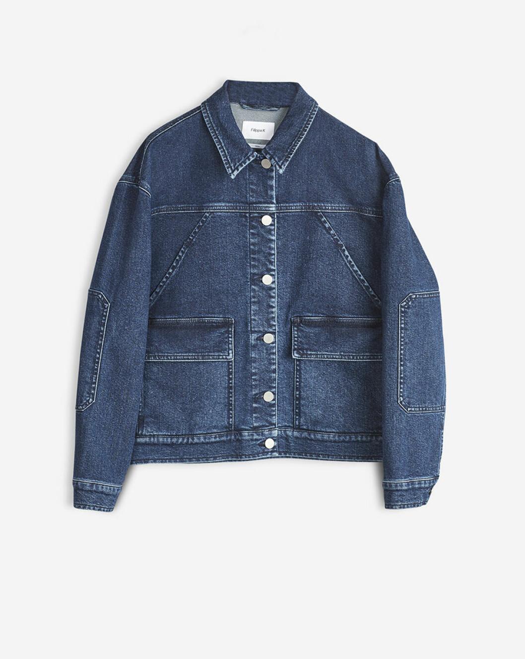 filippa-k_oversized-denim-jacket-1_jackets_art-no-23847_2200-sek_2200-nok_2000-dkk_205-gbp_255-eur_material-98-cotton-2-elastane-_size-xs-xl
