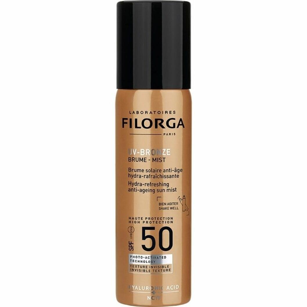 Med UV-bronze mist spf 50 från Filorga får du högt solskydd, god doft och bra spray-stråle i samma veva.