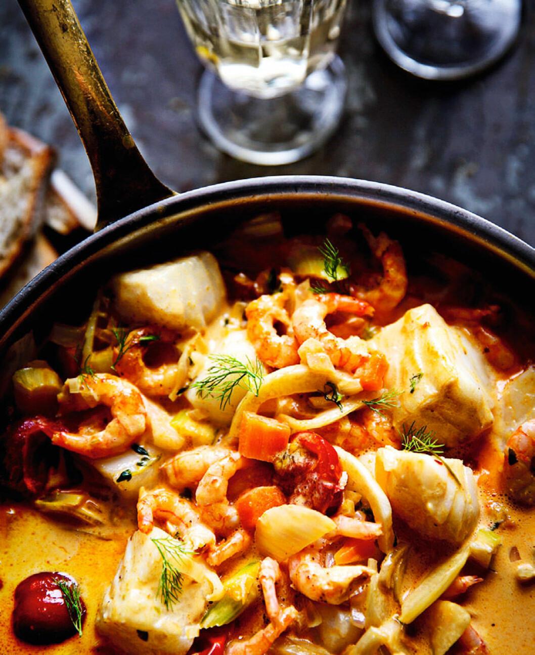 Fisk- och skaldjursgryta med curry. Foto: Stefan Edetoft