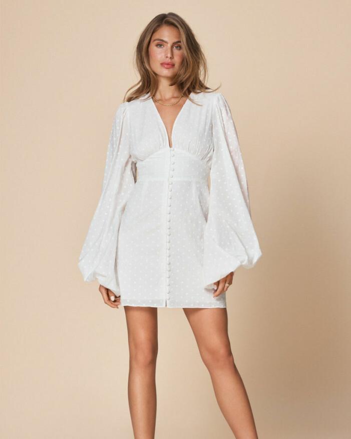 vit klänning adoore