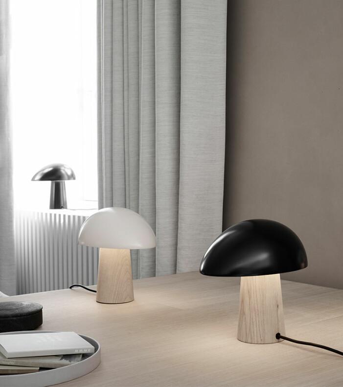Bordslampan Night Owl från Fritz Hansen är en stilsäker designklassiker