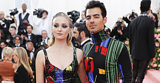 epa07554645 Sophie Turner (L) and Nick Jonas arrive on the red carpet for the 2019 Met Gala, the annual benefit for the Metropolitian Museum of Art's Costume Institute, in New York, New York, USA, 06 May 2019 (issued 07 May 2019). The event coincides with the Met Costume Institute's new spring 2019 exhibition, 'Camp: Notes on Fashion', which runs from 09 May until 08 September 2019.  EPA/JUSTIN LANE