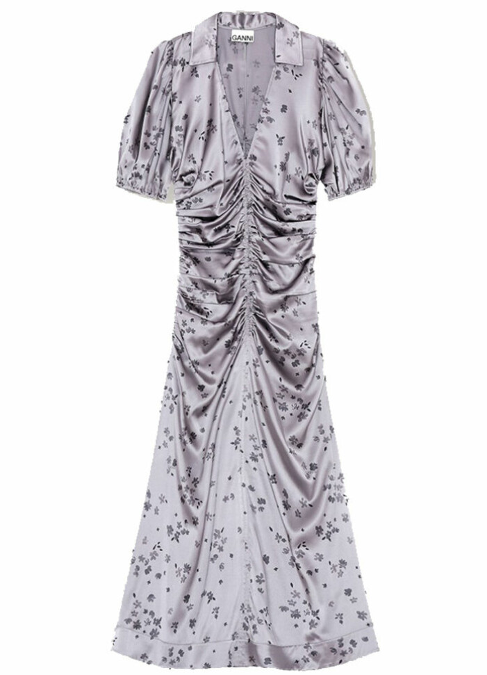 rynkad klänning från ganni