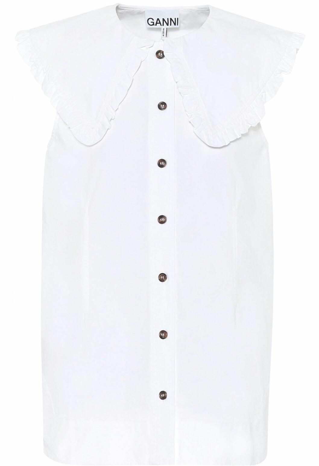 vit blus med krage från Ganni.