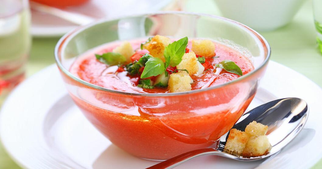 Gazpacho med krutonger.