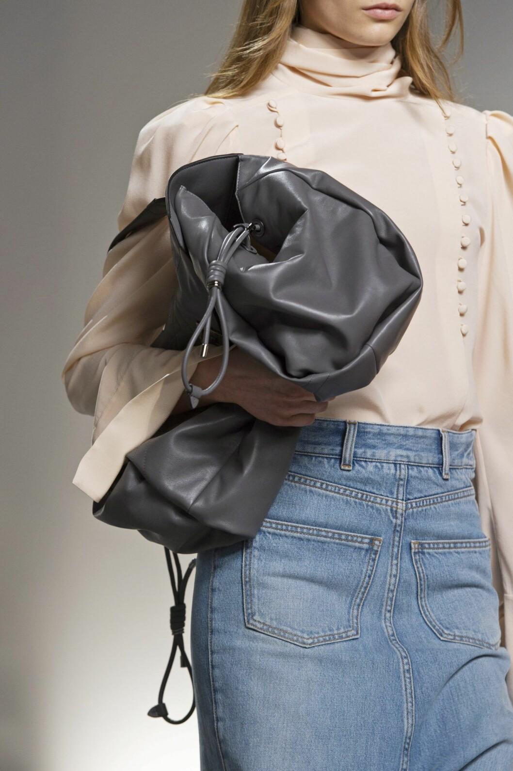 Givenchy bag SS20