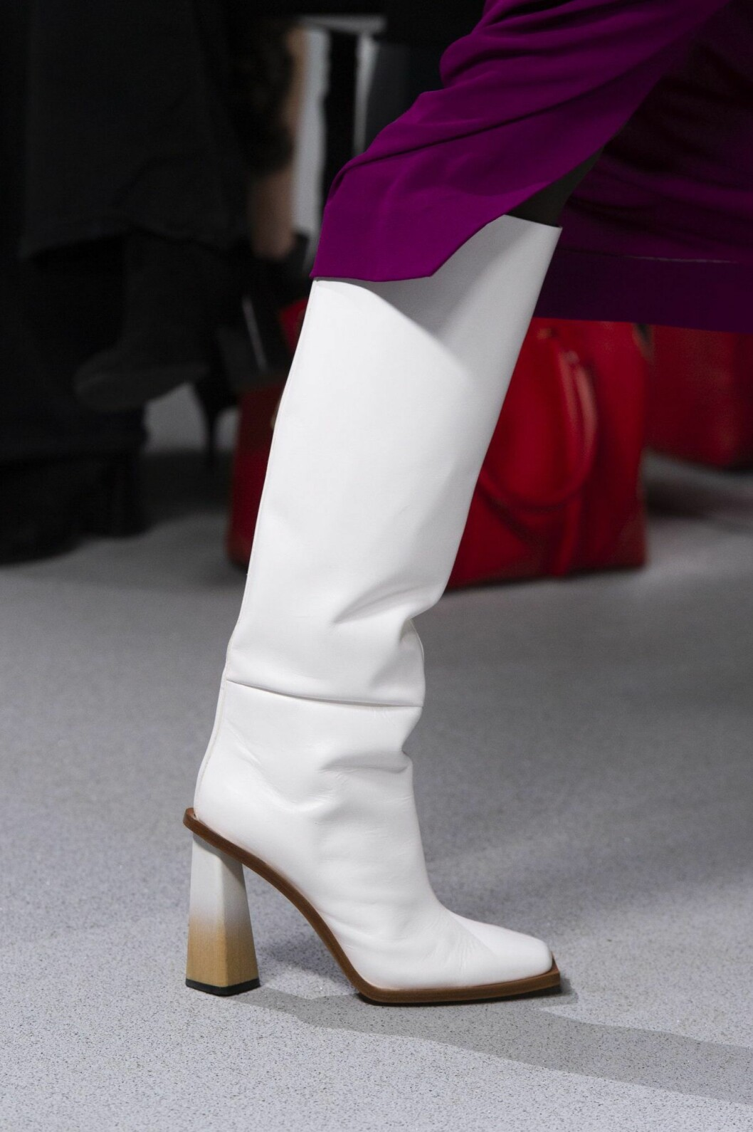vita högaskaftade boots Givenchy
