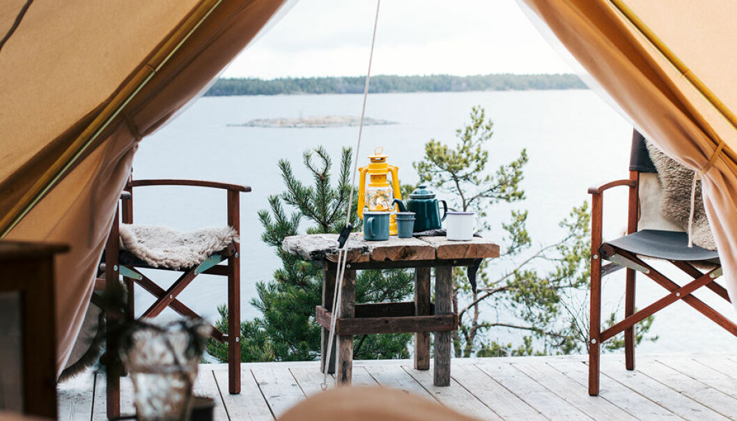 Glamping är en lyxigare version av camping.
