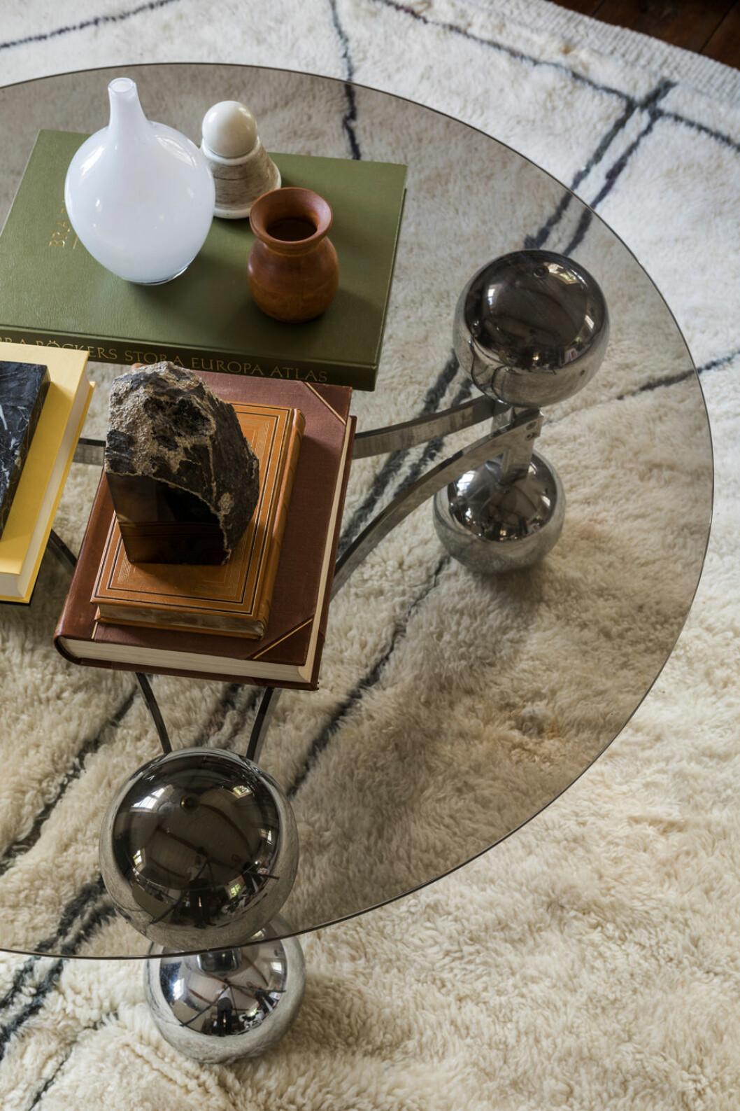 Hemma hos Fredrika Artndeco glasbord vardagsrum