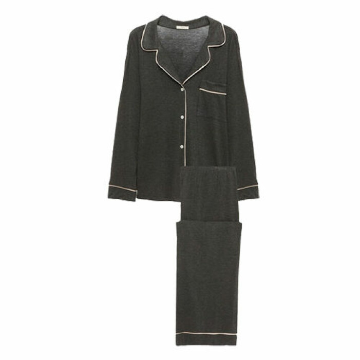 grå pyjamas till dam