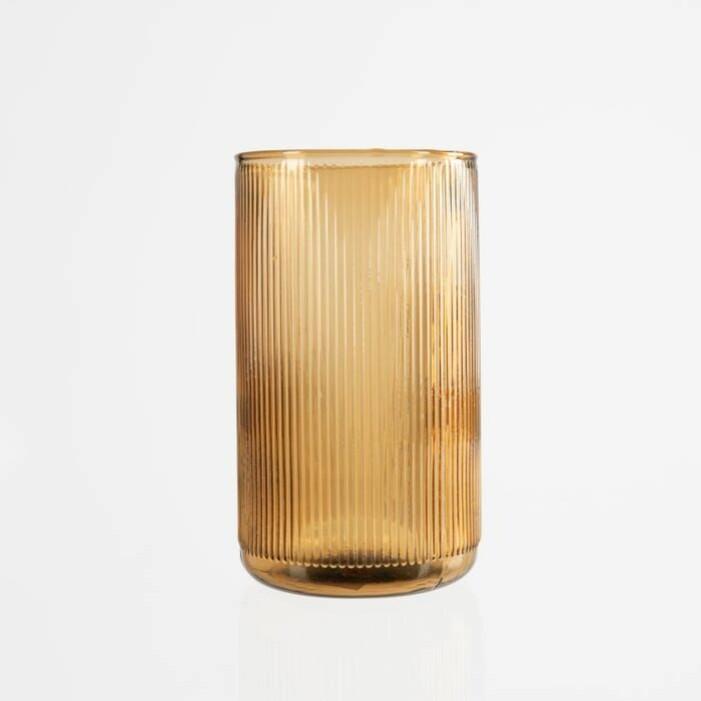 Bärnstensfärgad vas från Granit