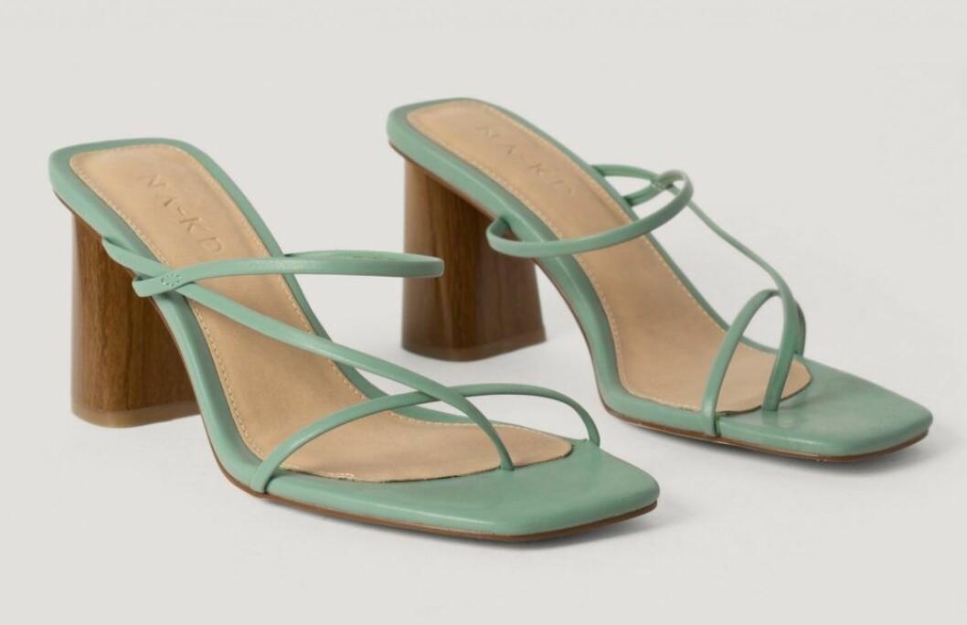 Grona sandaletter med blockklack från nakd