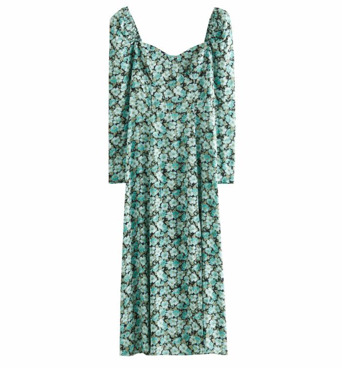 smal blommig klänning