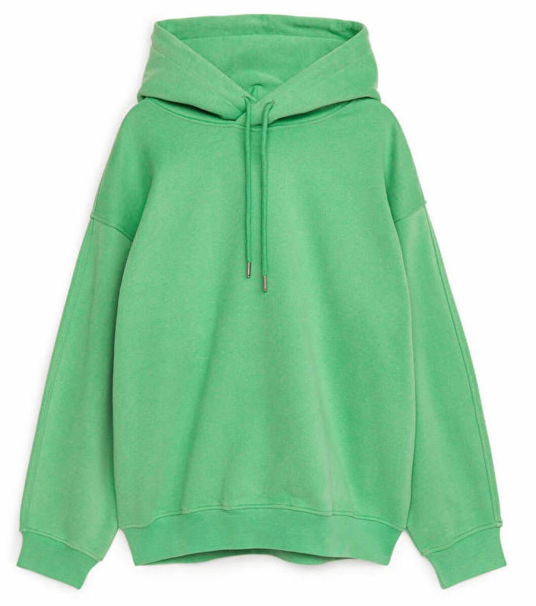 grön hoodie från arket.