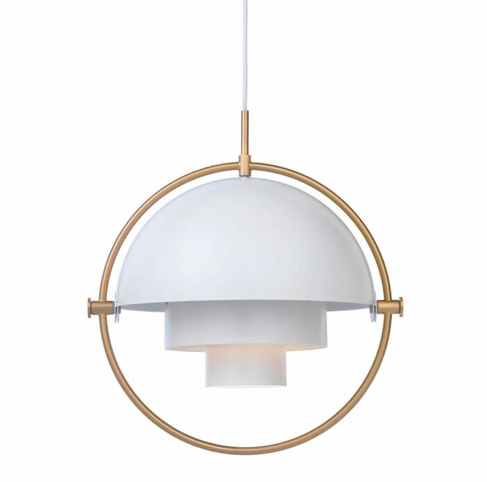 Taklampan Multi-Lite från Gubi är en stilsäker designklassiker