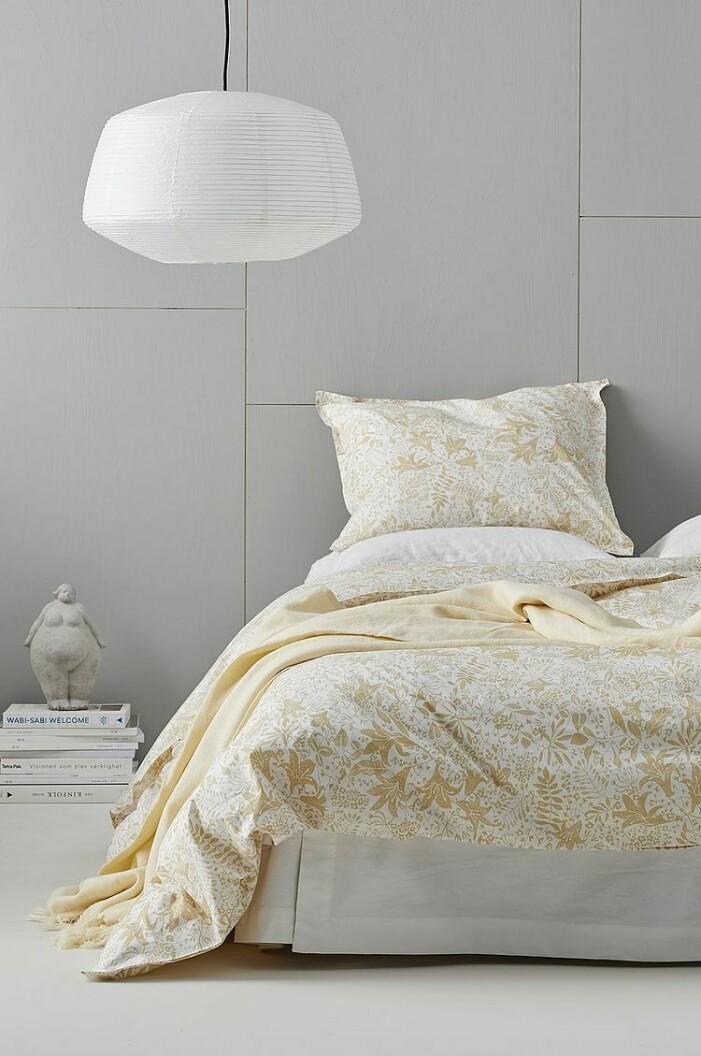 mönstrade sängkläder i pastell
