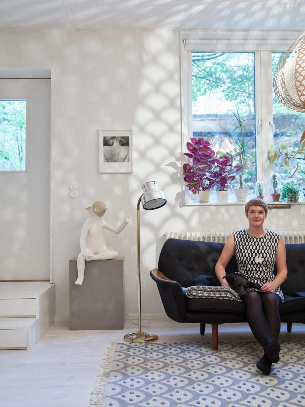 Ania i lägenheten i Gullmarsplan, Stockholm