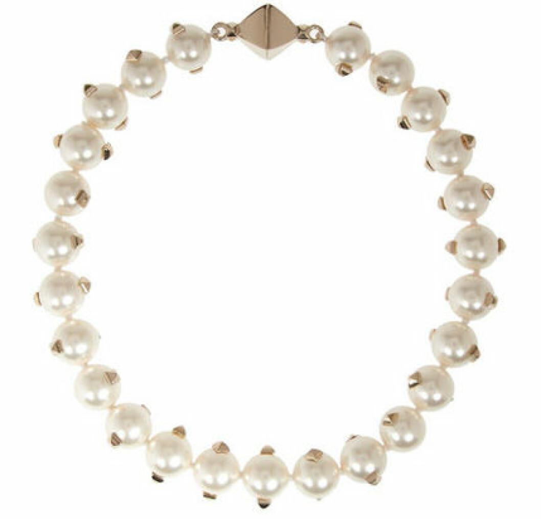 Halsband, 4 949 kr, Valentino Net-a-porter.com