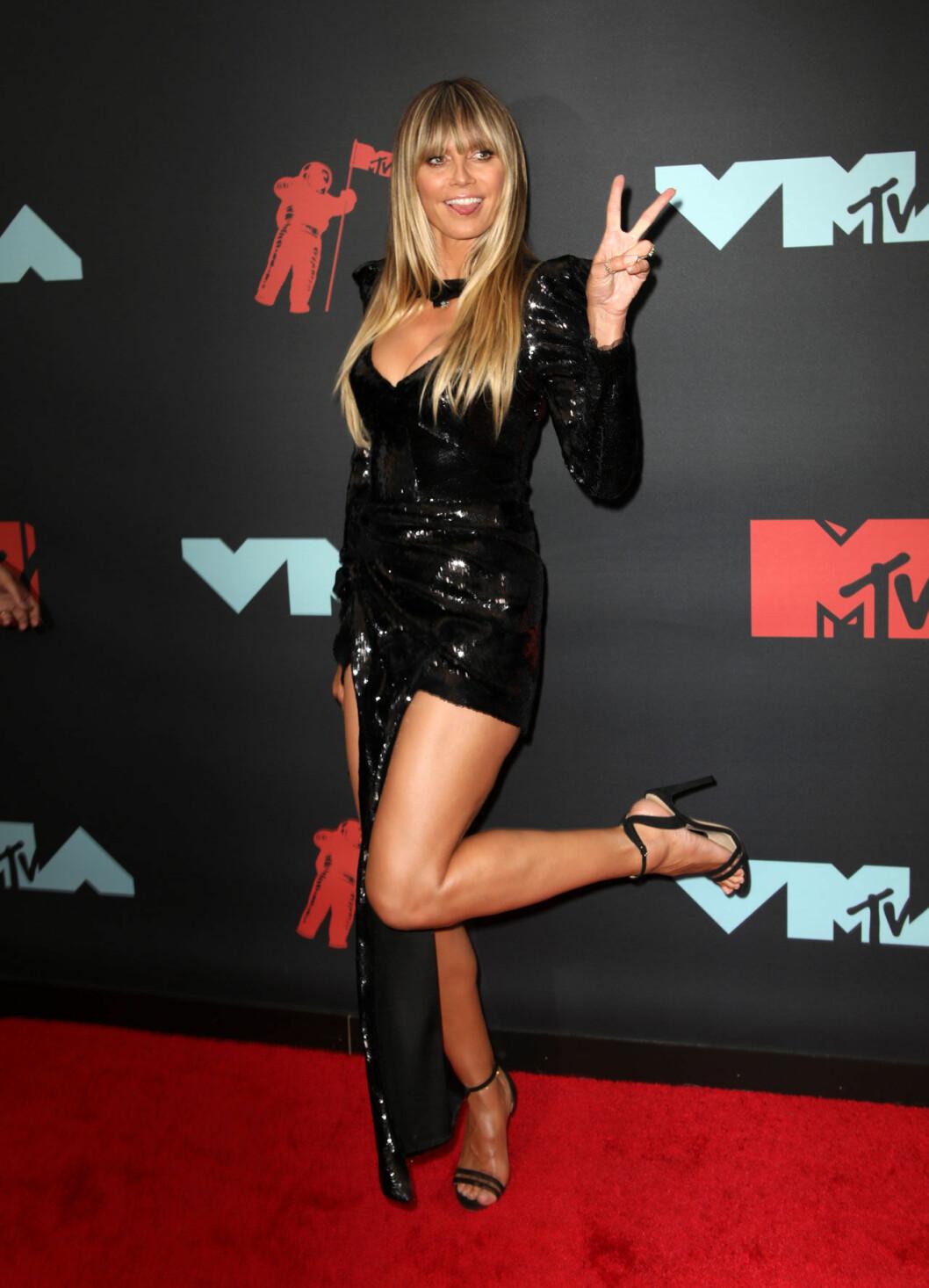 Heidi Klum på röda mattan på VMA 2019