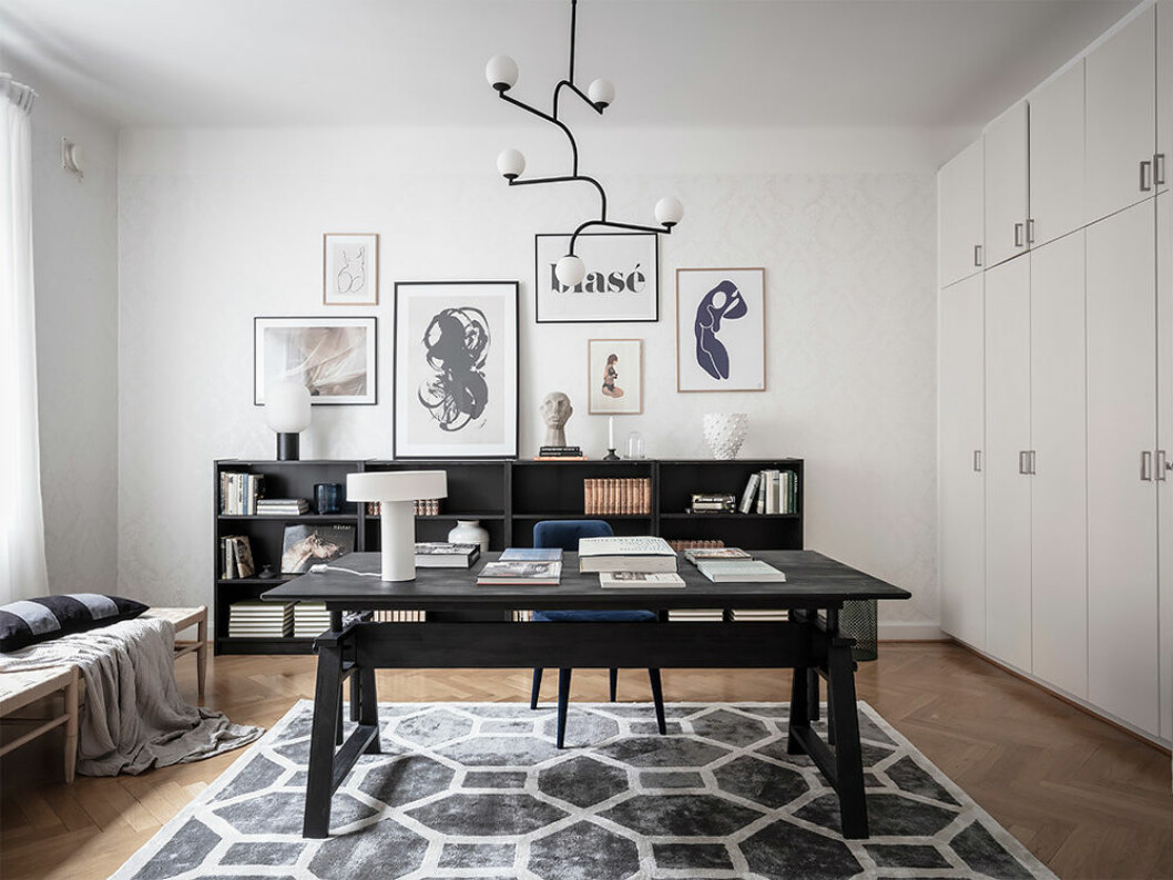 Snyggt och stort hemmakontor