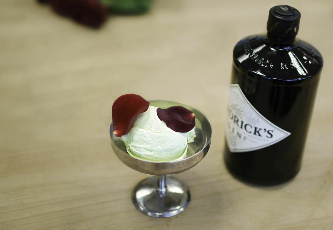Bild på glass från Hendrick's