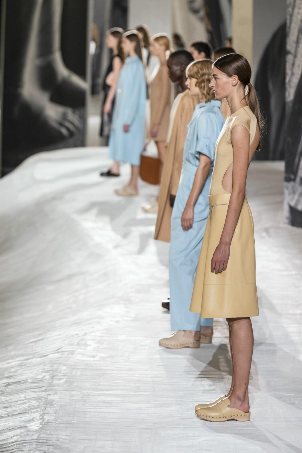 Träsko-bonanza hos Hermès vår och sommar.