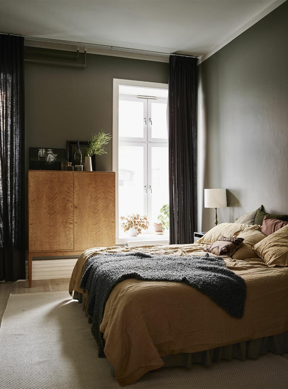 Mysigt sovrum med höstiga färger