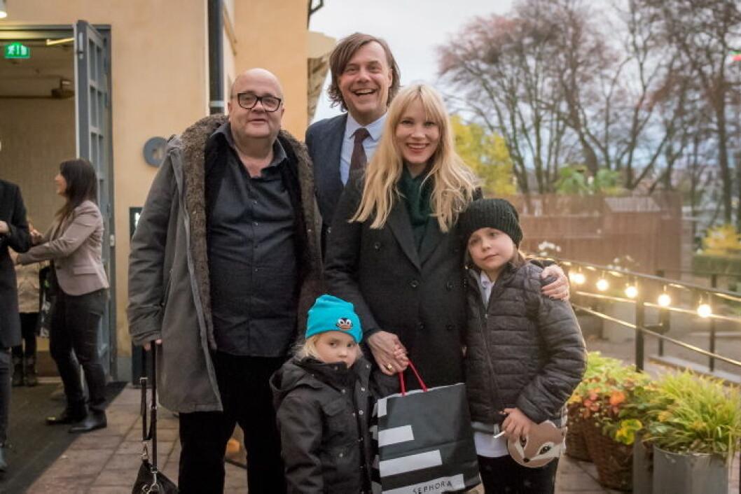 Moa Gammel med familj och Jonas Andersson från Wild Horses Productions.