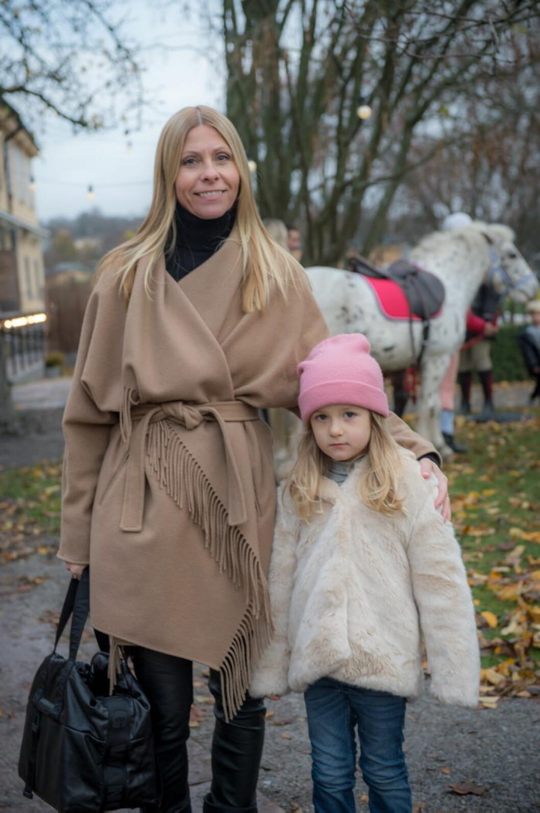 Petra Buchinger med dotter.