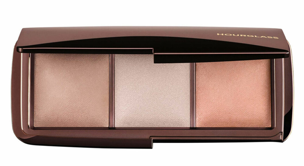 Hourglass, Ambient lightning palette.
