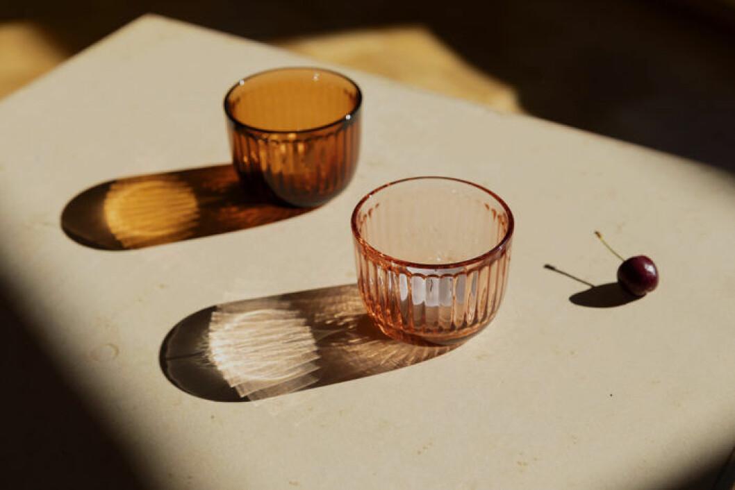 Färgade glas ur Iittalas serie Raami
