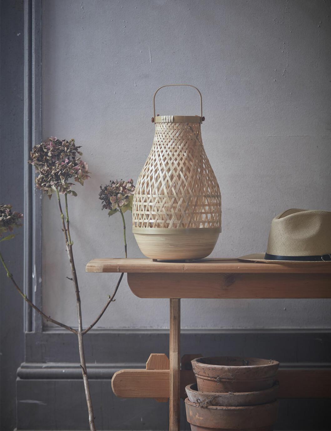 Misterhult bordslampa av Emma Olbers för Ikea