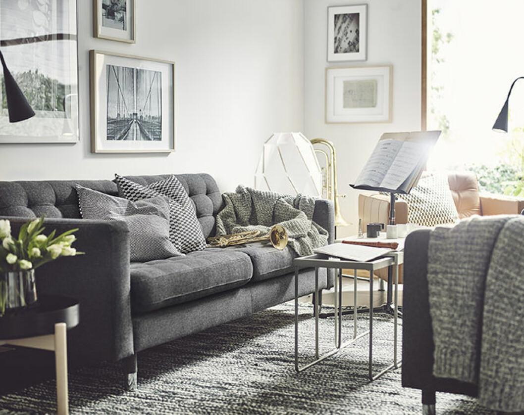 Grå soffa från Ikea