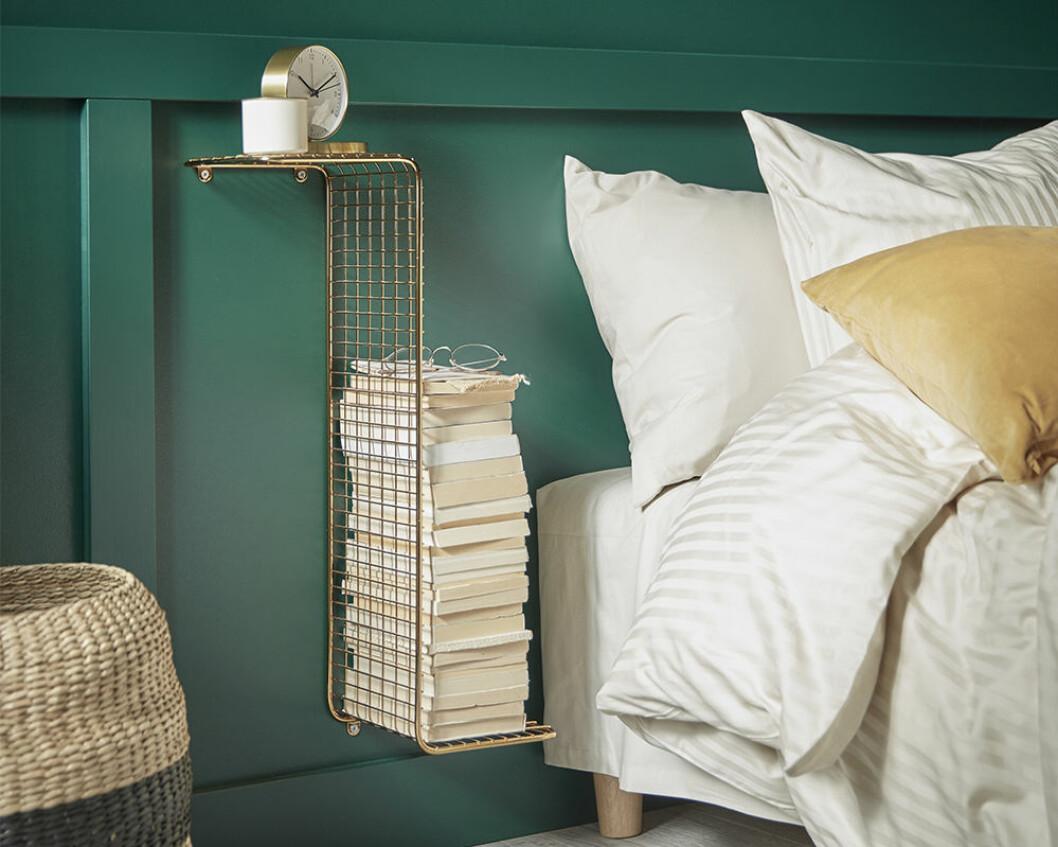 Smart sovrumsförvaring i guldfärg från Ikea