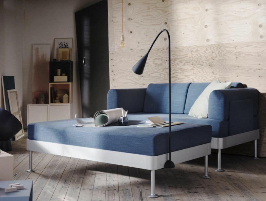 Blåa möbler ur Ikeas kollektion Delaktig, design Tom Dixon