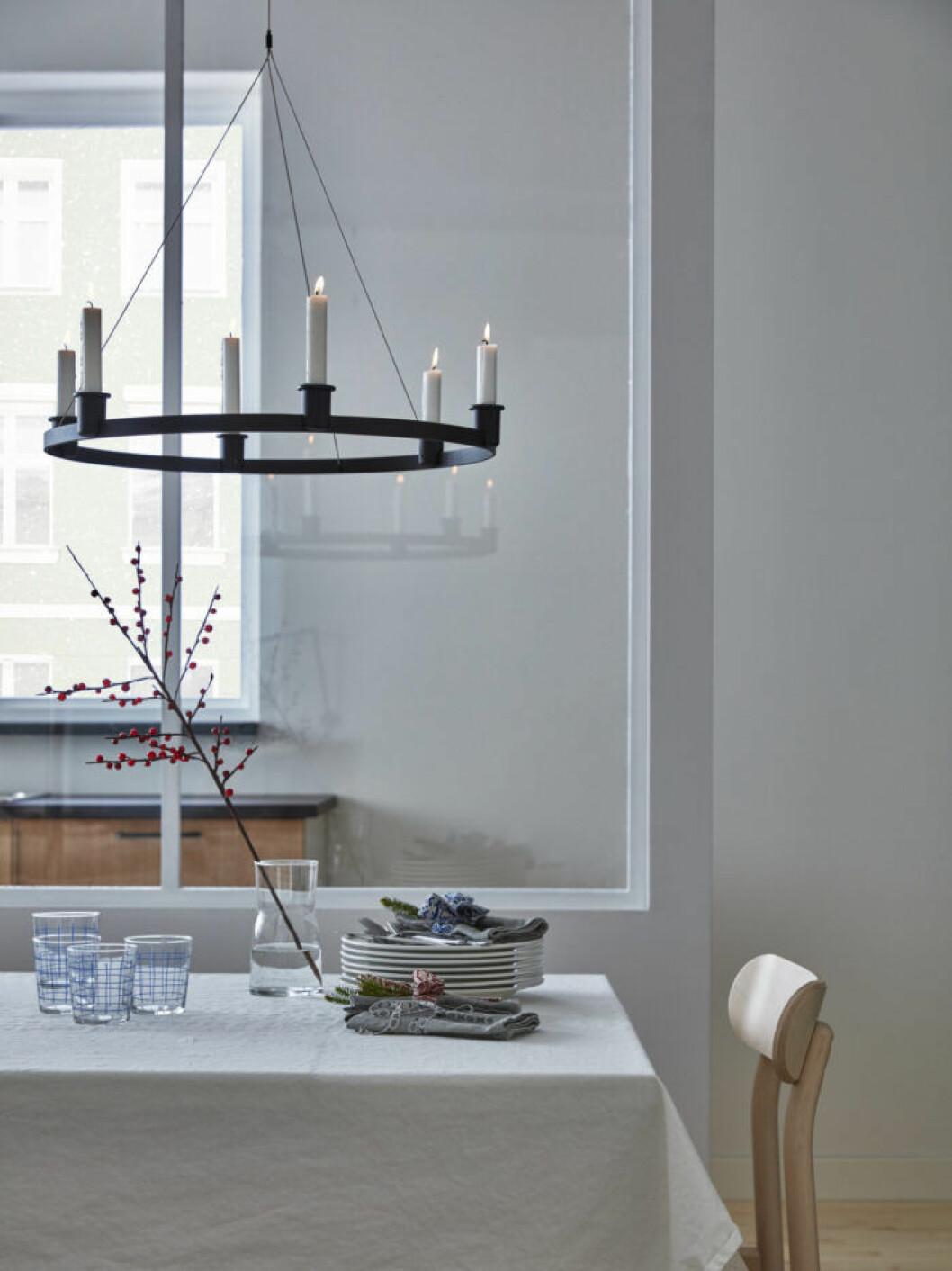 Ljuskrona från Ikea julen 2019